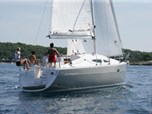Sailing boat Elan 344 Impression for sale!